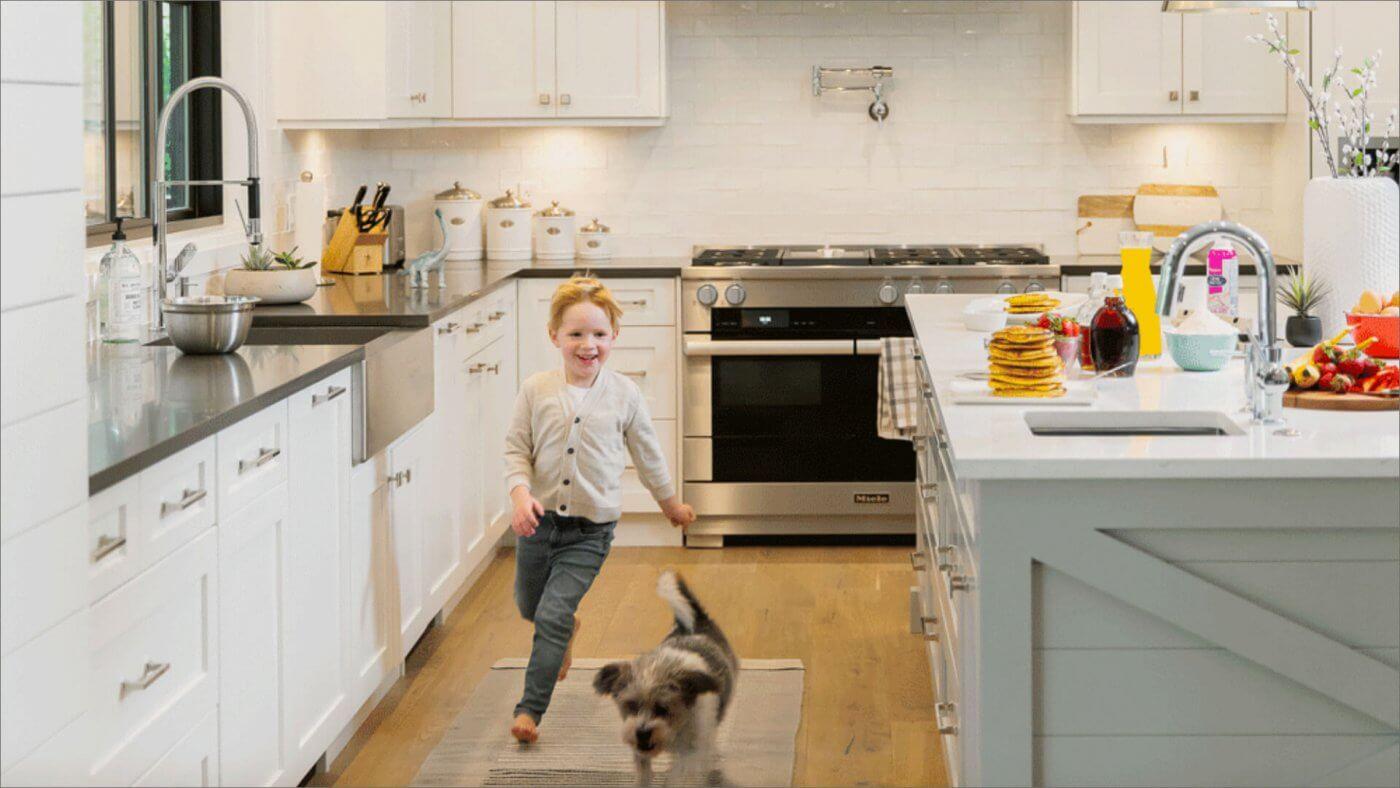 kitchen scene from Team Clarke photoshoot